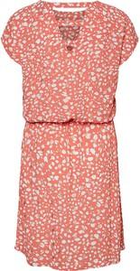 Czerwona sukienka Vero Moda z krótkim rękawem mini