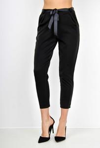 Czarne spodnie Zoio