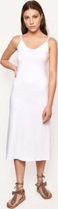 Sukienka Byinsomnia midi na ramiączkach