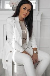 a7eb817b772d2 biały żakiet stylizacje - stylowo i modnie z Allani
