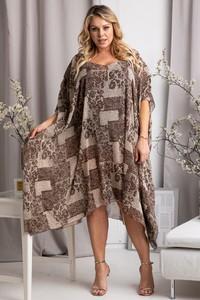 Brązowa sukienka KARKO z długim rękawem w stylu casual dla puszystych