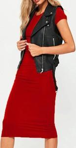 Czerwona sukienka Sandbella z krótkim rękawem midi