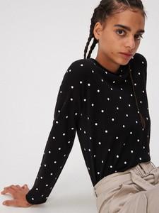 Czarny sweter Sinsay