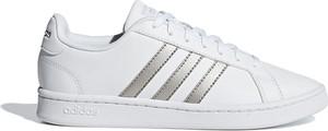 Trampki Adidas z płaską podeszwą ze skóry niskie