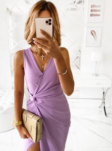 Sukienka Pakuten bez rękawów z dekoltem w kształcie litery v