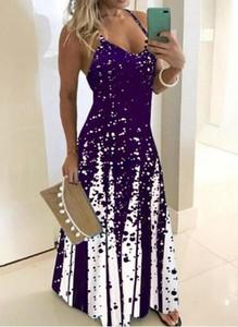 Fioletowa sukienka Cikelly z dekoltem w kształcie litery v na ramiączkach