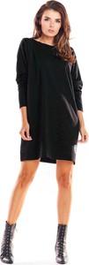 Sukienka Infinite You w stylu casual z długim rękawem z okrągłym dekoltem