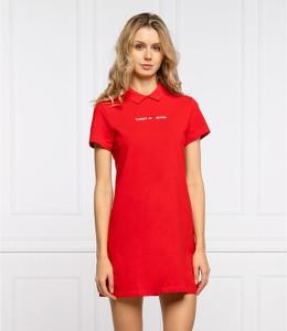 Czerwona sukienka Tommy Jeans z okrągłym dekoltem z krótkim rękawem prosta