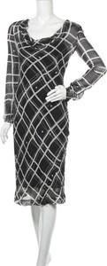 Sukienka Moda International midi z długim rękawem z okrągłym dekoltem