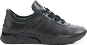 Sneakersy Lurso z płaską podeszwą sznurowane