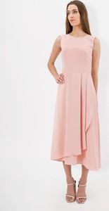 Różowa sukienka Lavard bez rękawów midi z okrągłym dekoltem