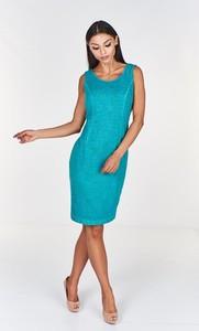 Niebieska sukienka Fokus dopasowana z okrągłym dekoltem midi