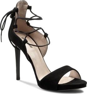 Czarne sandały Gino Rossi sznurowane