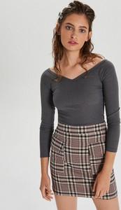 Czarna bluzka Cropp w stylu casual z dekoltem w kształcie litery v