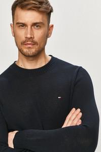 Czarny sweter Tommy Hilfiger z bawełny w stylu casual z okrągłym dekoltem
