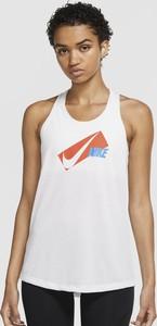 Bluzka Nike w sportowym stylu z bawełny