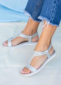 Sandały Casu z płaską podeszwą w stylu casual