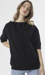 Czarna bluzka born2be w stylu casual