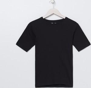 Czarny t-shirt Sinsay w stylu casual z okrągłym dekoltem z krótkim rękawem