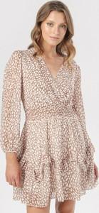 Brązowa sukienka born2be mini z dekoltem w kształcie litery v