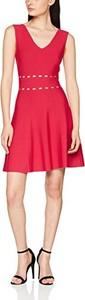 Czerwona sukienka morgan