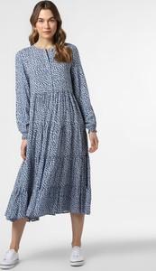 Niebieska sukienka Marie Lund z długim rękawem midi