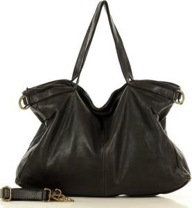 Czarna torebka Marco Mazzini Handmade ze skóry w stylu glamour na ramię