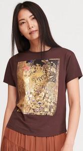 T-shirt Reserved w młodzieżowym stylu z nadrukiem z krótkim rękawem