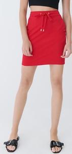 Czerwona spódnica Mohito w stylu casual