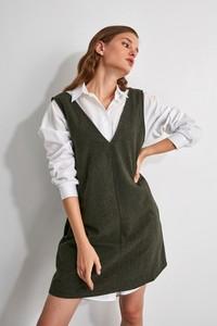 Zielona sukienka Trendyol z długim rękawem mini