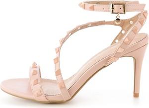 Sandały Prima Moda z klamrami