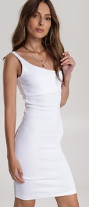 Sukienka Renee mini z okrągłym dekoltem