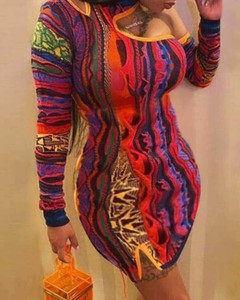 Sukienka Kendallme dopasowana z długim rękawem