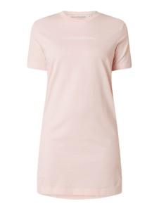 Różowa sukienka Calvin Klein z krótkim rękawem mini z okrągłym dekoltem