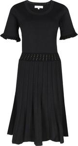 Sukienka Silvian Heach w stylu casual z krótkim rękawem
