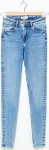 Niebieskie jeansy House z jeansu w street stylu