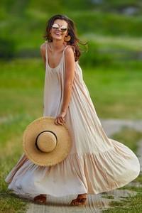 Sukienka Awama w stylu boho na ramiączkach maxi