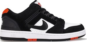 Czarne buty sportowe Nike z zamszu