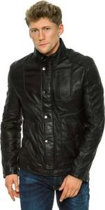 Czarna kurtka Guess w młodzieżowym stylu ze skóry