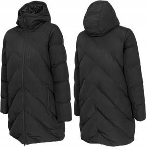 Czarna kurtka Outhorn w sportowym stylu