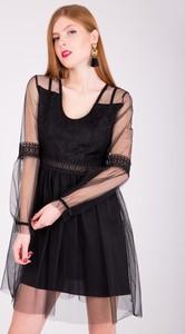 Sukienka Zoio z okrągłym dekoltem z tiulu