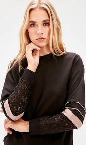 Bluza Trendyol krótka w młodzieżowym stylu