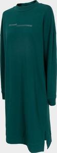 Sukienka Outhorn w stylu casual z długim rękawem