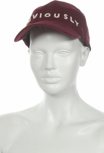 Fioletowa czapka Bershka