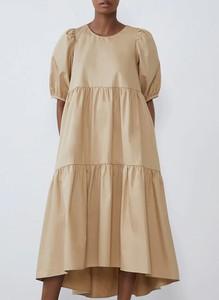 Sukienka Sandbella z długim rękawem midi z okrągłym dekoltem