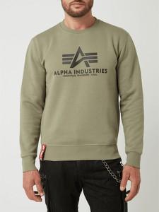 Zielona bluza Alpha Industries w młodzieżowym stylu