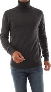 Czarny sweter Jack & Jones z dzianiny