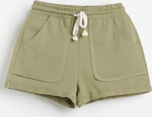 Zielone szorty Reserved z dresówki