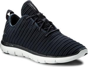 Czarne buty sportowe skechers sznurowane