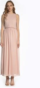 Różowa sukienka Gate maxi bez rękawów z okrągłym dekoltem